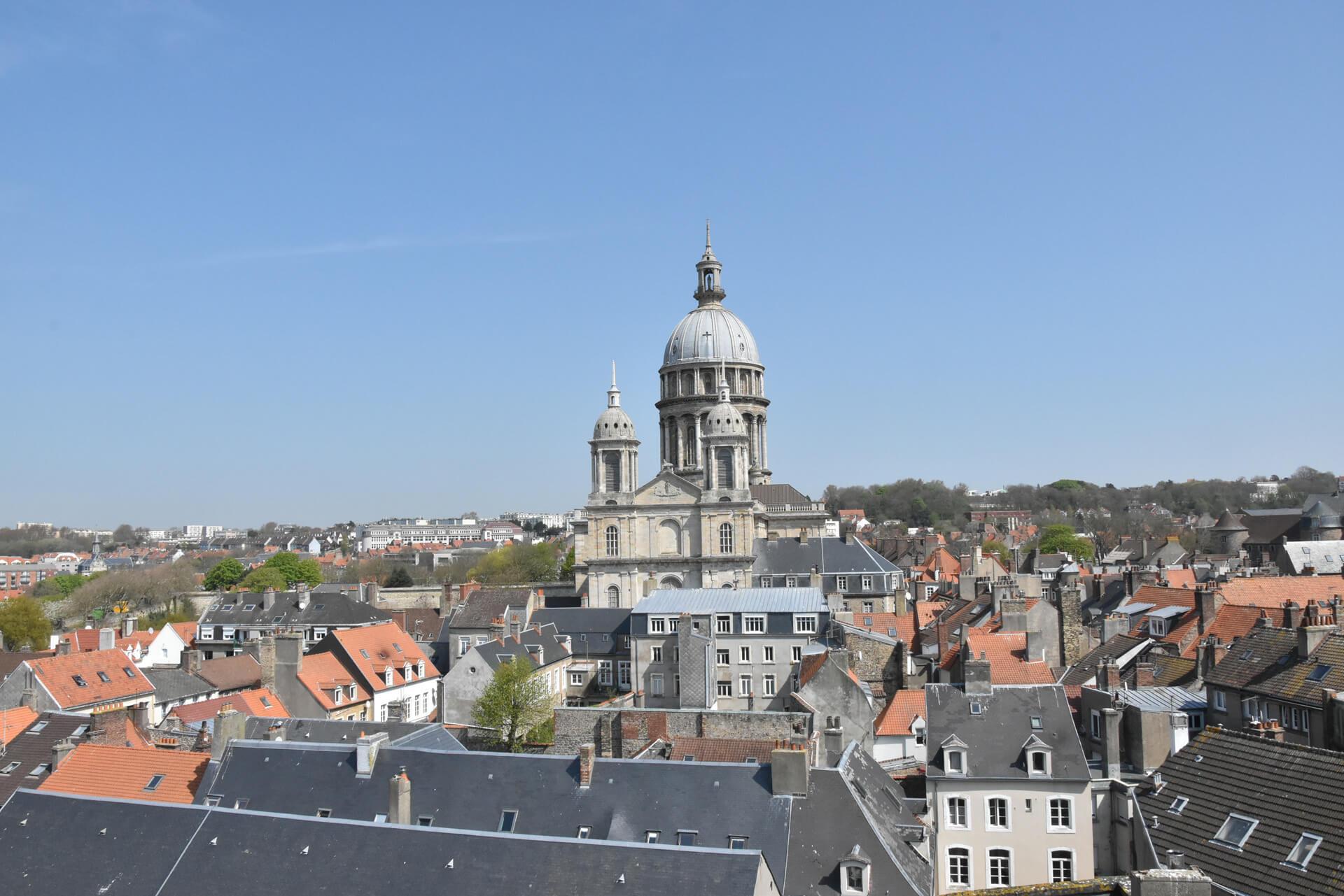 vue mairie cathedrale notre dame boulogne sur mer1